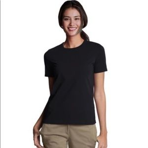 Lands End high crew neck black t shirt